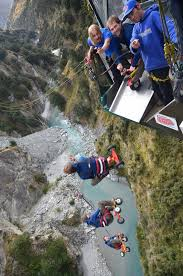 New Zealand Chair Swing Traditional Fergburger In Queenstown New Zealand C O Departure
