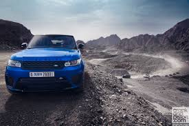 jeep land rover 2015 range rover sport svr vs rivals set 2 crankandpiston com
