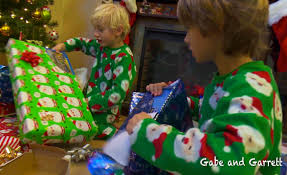 christmas morning 2014 gabe and garrett opening presents youtube