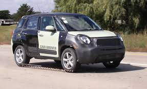 really small cars jeep renegade reviews jeep renegade price photos and specs