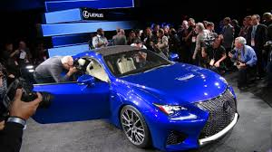 lexus sports car blue detroit video 2015 lexus rc f picks up where the lfa left off
