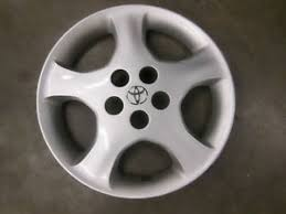 toyota corolla 2006 hubcap toyota corolla hubcap wheel cover 15 05 2006 2007 2008 42621
