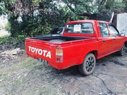 mitsubishi strada 1995 used toyota hilux 2 5 turbo 4x2 1995 hilux 2 5 turbo 4x2 for