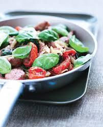 cuisiner des tomates s h s recette sauté de gigot d agneau au basilic et tomates confites