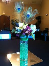 different size wedding accessories party table peacock feathers