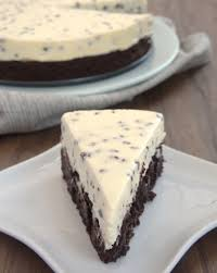 chocolate chip cheesecake with brownie crust recipe chocolate