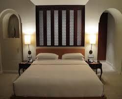 standard room size square feet of bathroom bedroom india