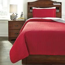 Grey Twin Bedding Dansby Red Gray Twin Bedding Set Bernie U0026 Phyl U0027s Furniture By