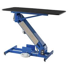 grooming table top material the masterlift low rider electric grooming table petlift
