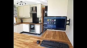 küche einbauen computer in der küche einrichten praktische gestaltungsidee
