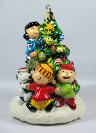 decor peanuts tree polonaise