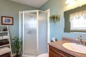 Small Bathroom Color Schemes Magnificent Colors For Small Bathroom Walls Interior Decorating