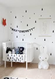 chambre bebe blanc pourquoi pas du blanc pour la chambre de bébé