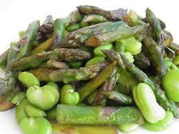 cuisiner asperges vertes fraiches accompagnement poêlée d asperges vertes et de fèves fraîches