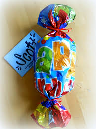 mylar wraps just for re use an mylar or foil balloon as gift wrap