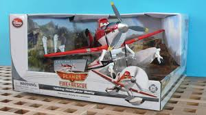 disney planes fire rescue talking firefighter dusty toy review