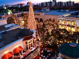 Los Angeles Christmas Decorations Sisterhood Redefined Is Christmas Here Too Early