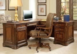 bureau bois foncé bureau bois fonce chaise bureau bois roulettes petit bureau bois