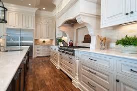 relooker une cuisine en chene repeindre cuisine en chene finest cuisine chne patine