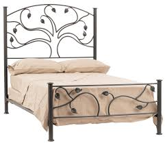 Iron Rod Bed Frame Reminds Me Of Lord Of The Rings Design Pinterest Bedrooms