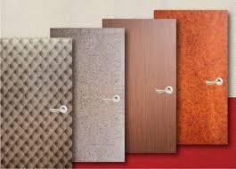 adhesif pour meuble cuisine revetement decoratif exceptionnel pour portes rouleau adhesif deco