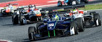 formula 3 engine barcelona 02 jpg