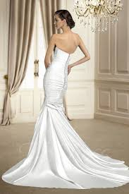Chapel Train Wedding Dresses Trumpet Mermaid Sleeveless Matte Satin Ruched Sweetheart Court
