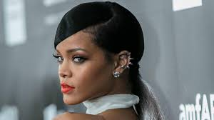 topless pictures of rihanna rihanna u0027s lawsuit left topshop topless