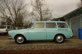 volkswagen squareback 1972 volkswagen squareback type 3 square back station wagon 1600
