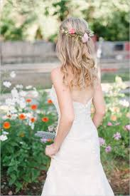 wedding flowers in hair trendy flower in brides hair stylish wedding armenian wedding