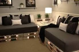 fabrication canapé palette bois faire des meubles avec des palettes de bois recyclées
