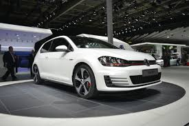 volkswagen golf gti 2013 updated vw golf gti revealed at the paris motor show evo