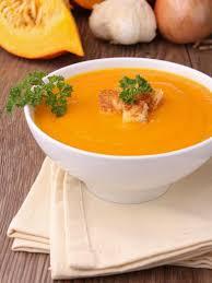 cuisiner une citrouille soupe de citrouille recette soupe de citrouille recettes de
