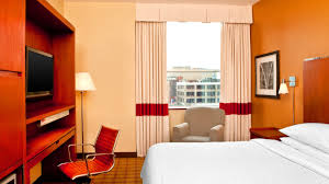 philadelphia accommodations four points by sheraton philadelphia accessible guest room
