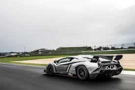 why is the lamborghini veneno so expensive is this the s most expensive car