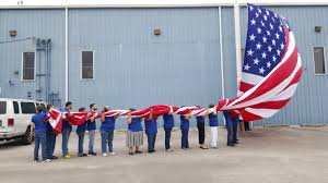 How To Dispose An American Flag Dixie Flag U0026 Banner Respectfully Retires Old U S Flag The Daily