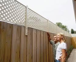 Backyard Fence Best 25 Backyard Fences Ideas On Pinterest Horizontal Fence