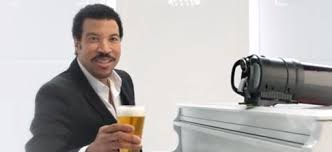 lionel richie cheese plate lionel richie seduces drinkers in new tap king commercial
