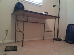 Diy Pipe Desk by Create Your Own Custom Desk From Plumbing Pipe Make