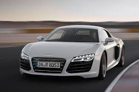 audi sports car audi r8 everyone s favourite sports car facelifted