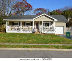 ranch style ranch style house stock images royalty free images vectors