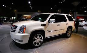 cadillac suv gas mileage list of vehicles with 3rd row seats it still runs your