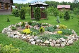 Lawn Landscaping Ideas 10 Latest Trends In Decorating Outdoor Living Spaces 25 Modern