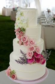 amazing wedding cakes 15 amazing wedding cakes decorated with flowers style motivation