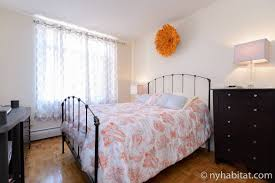 travel real estate blog featuring apartments from new york image of bedroom for rent in apartment ny 16163 with queen size bed large