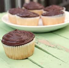 cheap cakes cupcake fabulous best cupcakes in boston best cupcakes newton ma