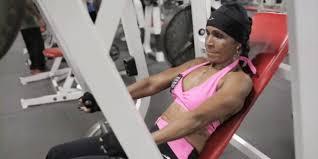 56 year old ebony women ernestine shepherd 77 year old bodybuilder says age is nothing