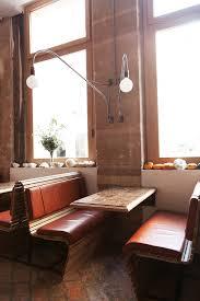 cuisine au bois table de restaurant en bois tsideen bureau table de restaurant