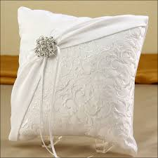 wedding pillow rings brooch white ring bearer pillow