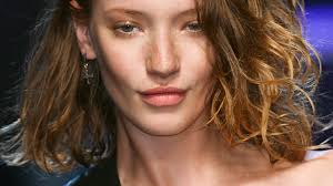 what hair colours are in for summer 2015 subtle summer hair colors to try stylecaster